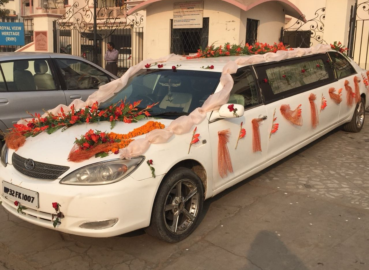 cost to rent limo for wedding