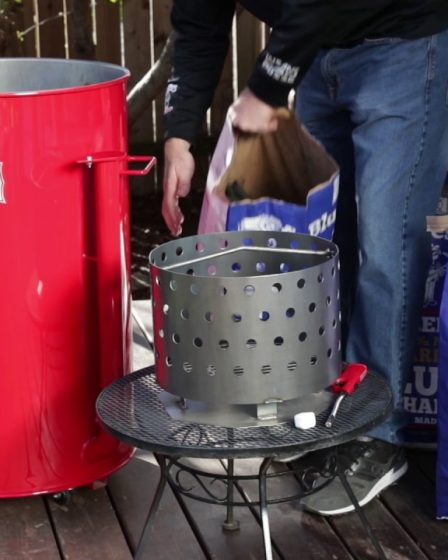 Useful drum smoker